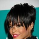 Coiffure de star : la coupe de cheveux courte de Rihanna en 2008