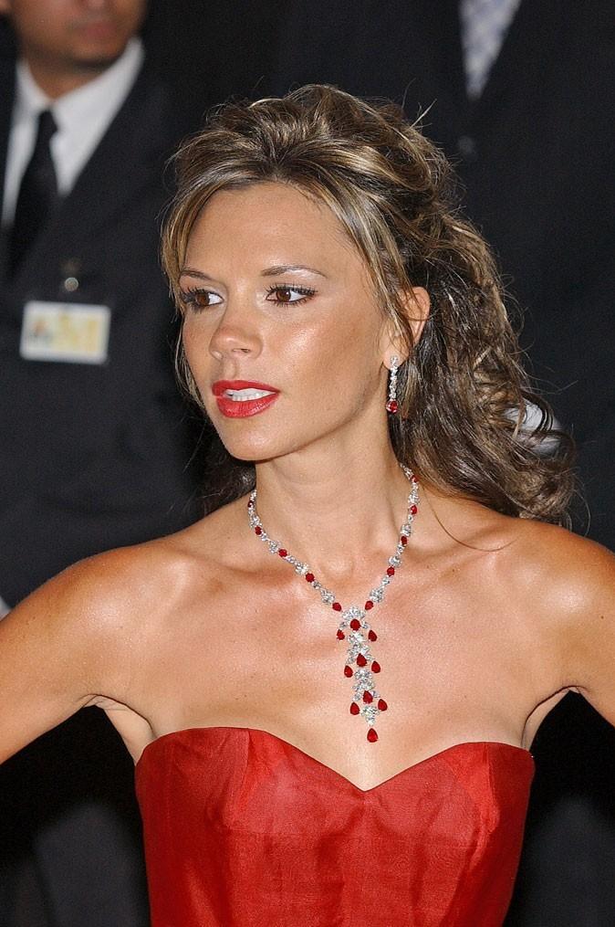 La demie-queue de Victoria Beckham en 2006 !