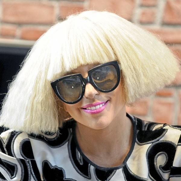 Coiffure de star : les cheveux gaufrés de Lady Gaga