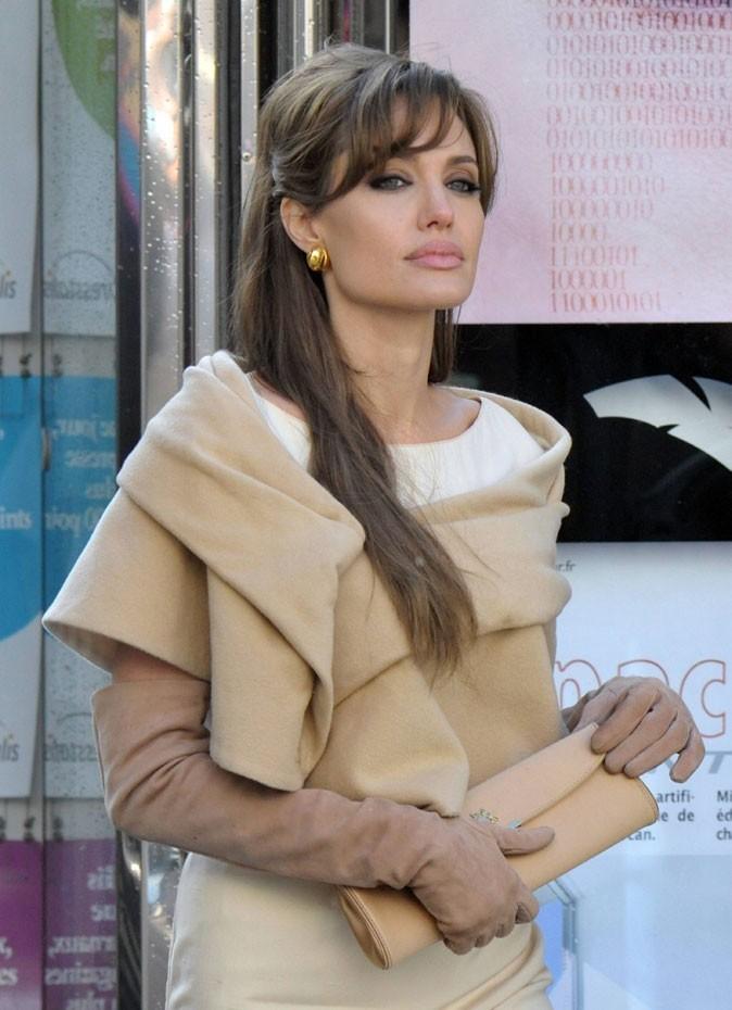 Angelina Jolie : une frange en 2010 pour le film The Tourist