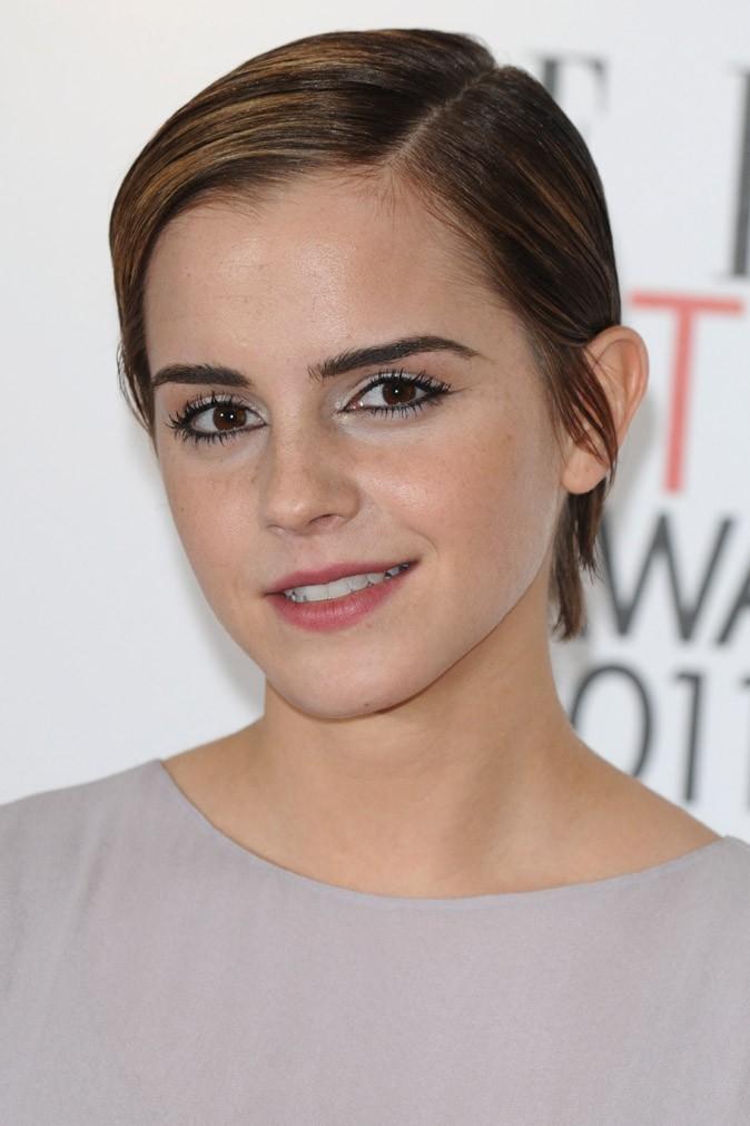 La coupe garçonne d'Emma Watson en Juillet 2011 !