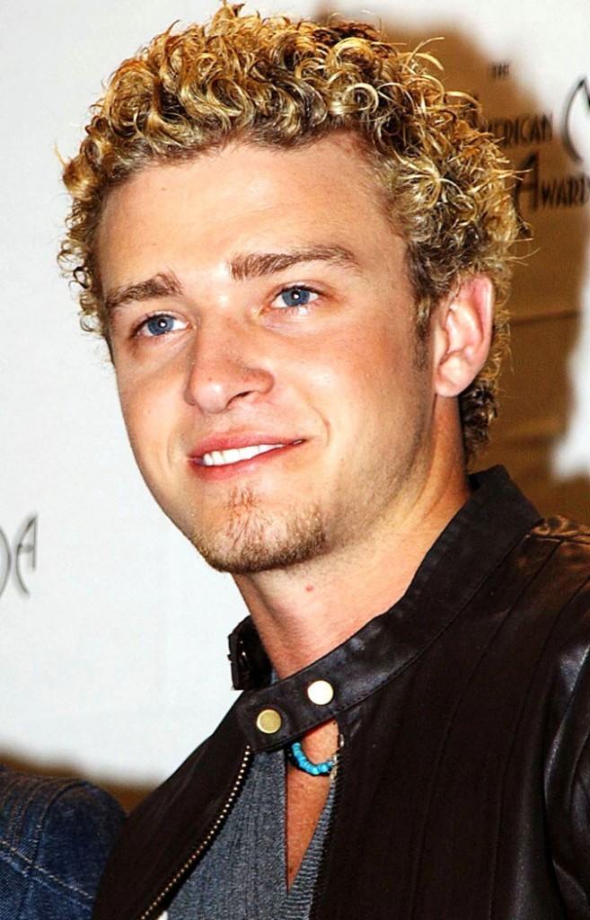 Coiffure de Justin Timberlake en 2002 : retour par la case décoloration !