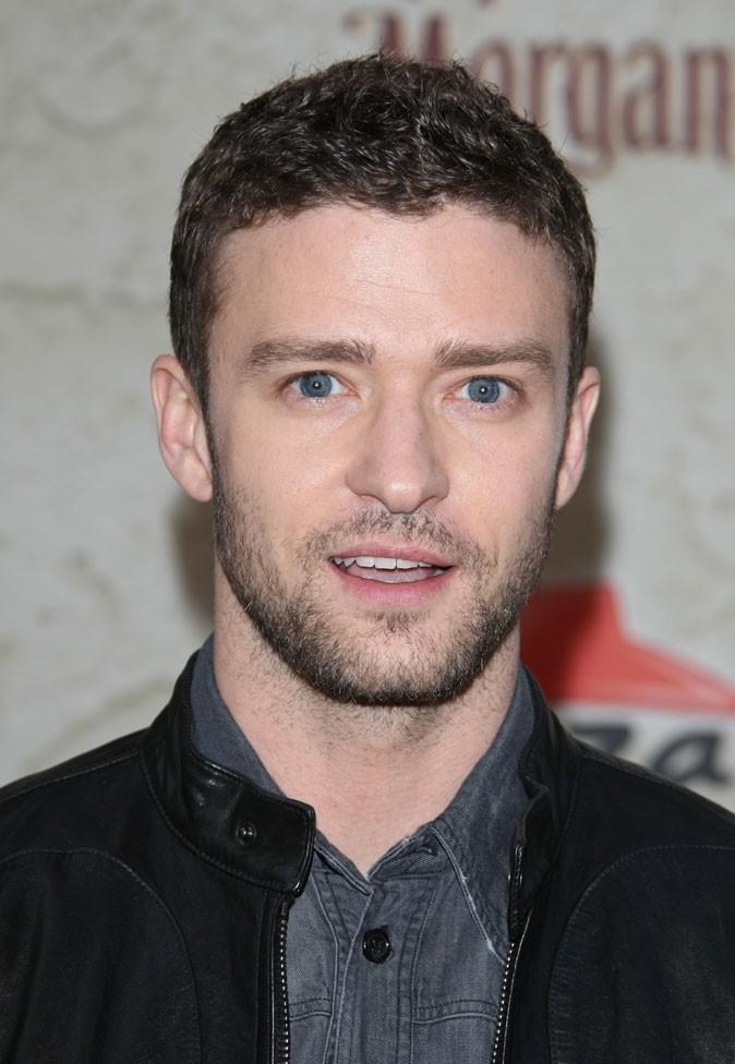 Coiffure de Justin Timberlake en 2011 : une pointe de gel et une barbe de trois jours = parfait pour Bad Teacher !