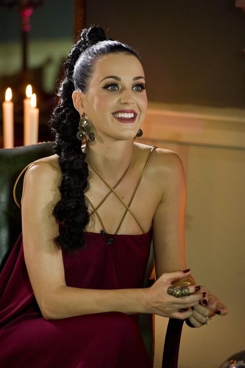 Katy Perry et sa tresse épi