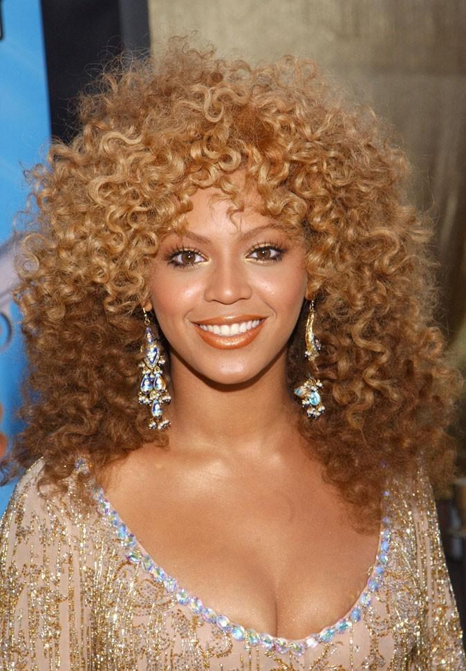 La coupe afro de Beyoncé en Juillet 2002 !