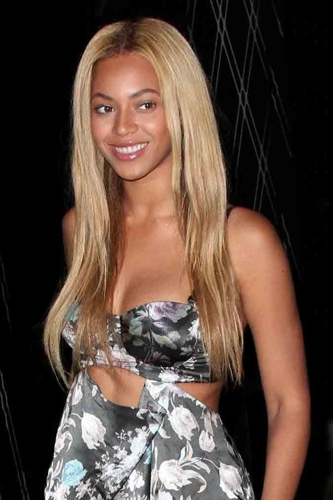 Les cheveux lisses et blonds de Beyoncé en Avril 2011 !