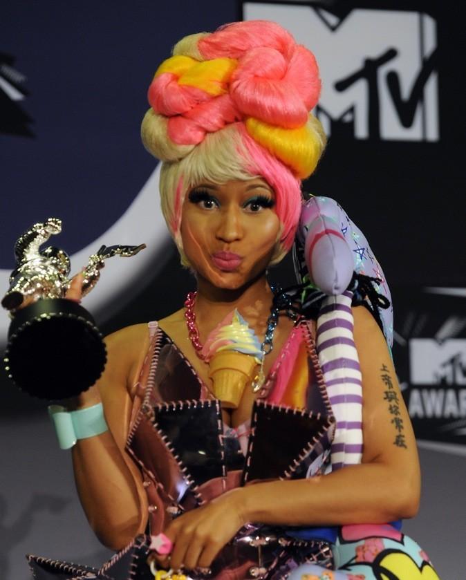 Août 2011 : Nicki Minaj et ses cheveux bicolores