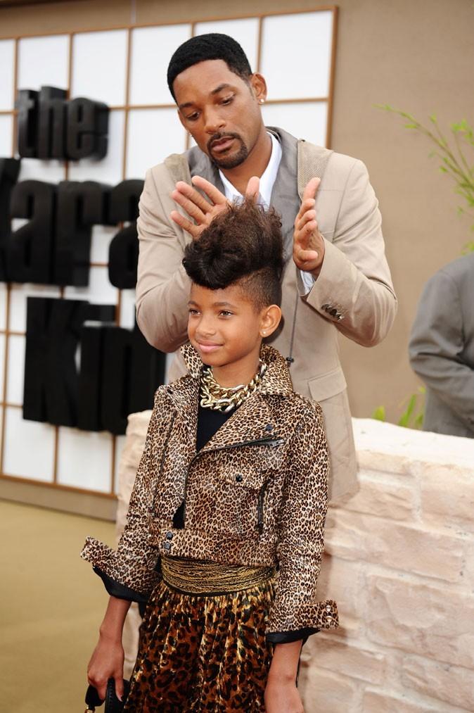 Papa Will attentif à la coiffure de Willow Smith en Juin 2010 !