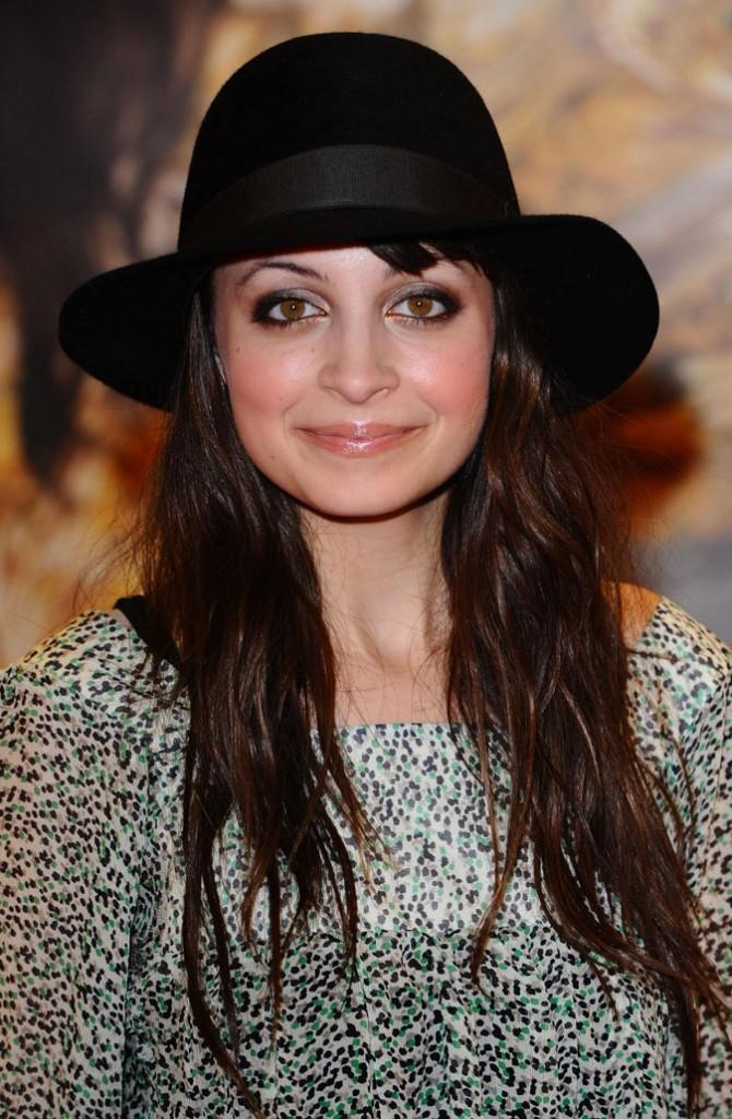 Le chapeau rond de Nicole Richie en Février 2010 !