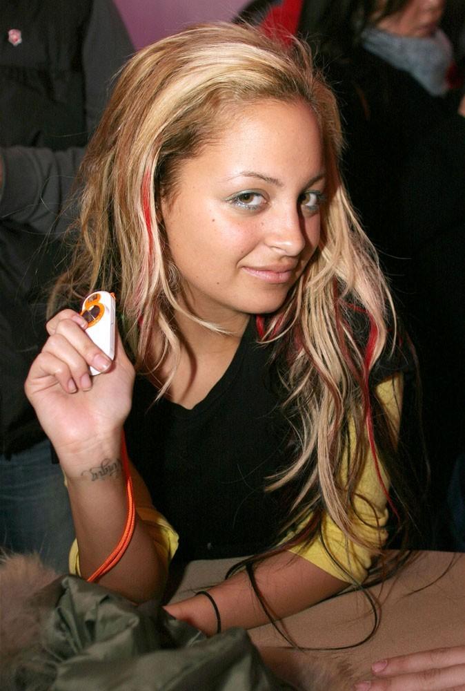 Le smoky vert de Nicole Richie en Janvier 2004 !