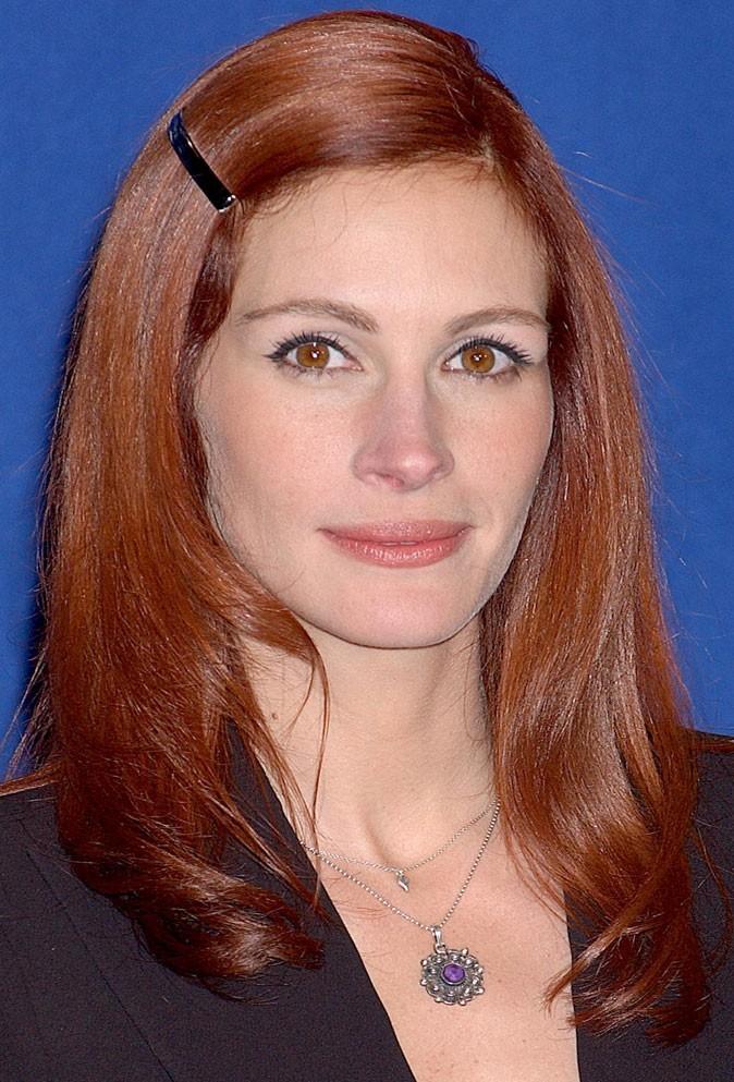 Coloration de star : les cheveux roux de Julia Roberts en 2002
