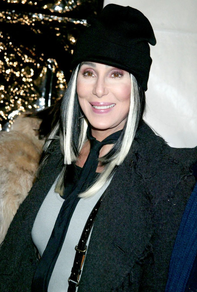 Dents de stars : le sourire de Cher aujourd'hui !