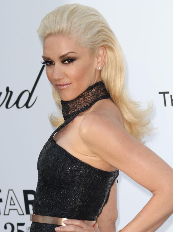 Coiffure de star au Festival de Cannes 2011 : la coque sur cheveux lâchés de Gwen Stefani