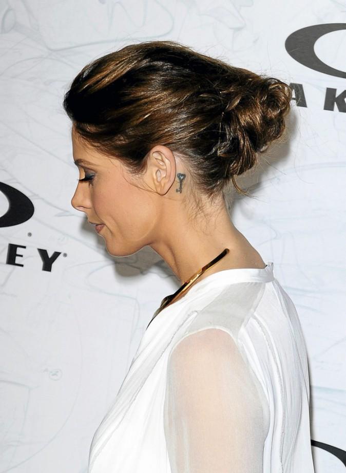 Ashley Greene et son tatouage à l'oreille !