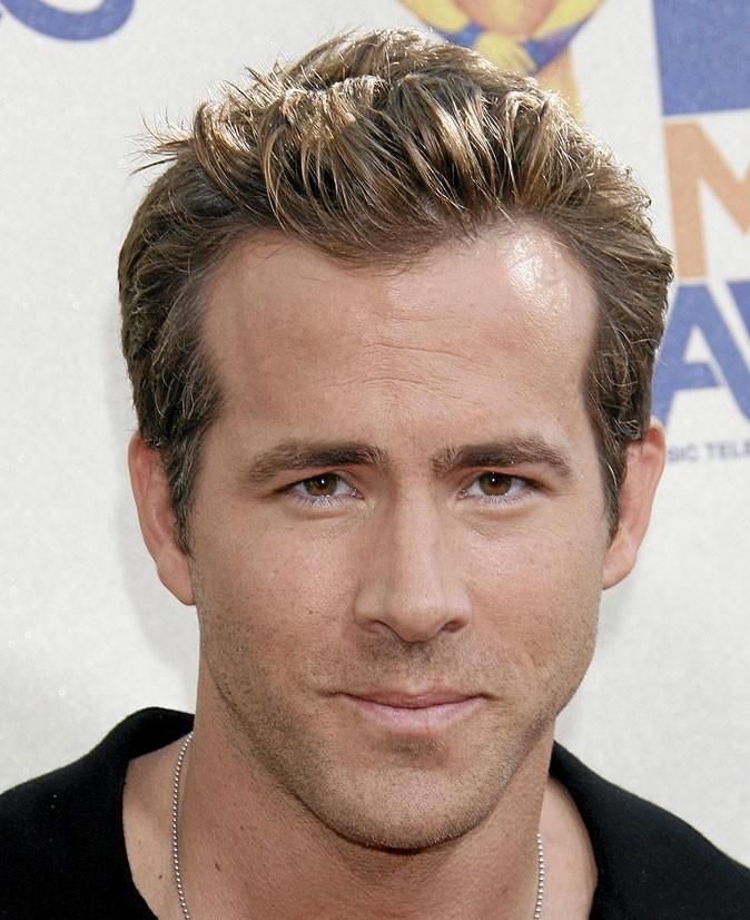 Le regard Droopy de Ryan Reynolds : sexy !