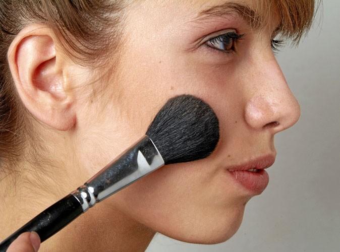 Maquillage de Scarlett Johansson : Mode d'emploi du blush