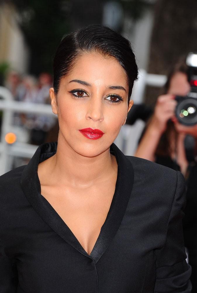 Maquillage été 2011 : la nouvelle égérie de L'Oréal Leïla Bekhti nous fait un remake de Le rouge et le noir