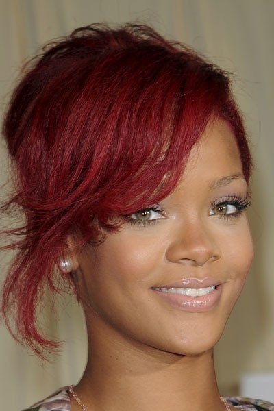 Photo : le maquillage nude de Rihanna