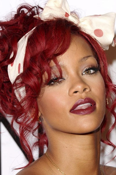 Maquillage le best of des make up de rihanna - Rouge a levre bordeau ...