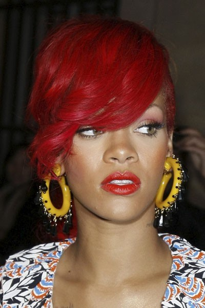 Photo : le rouge à lèvres rouge de Rihanna