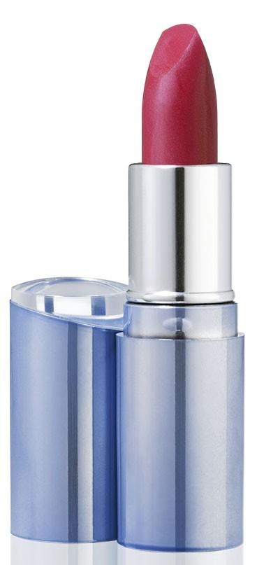 Mode d'emploi de l'eye-liner : un rouge à lèvres Nivea