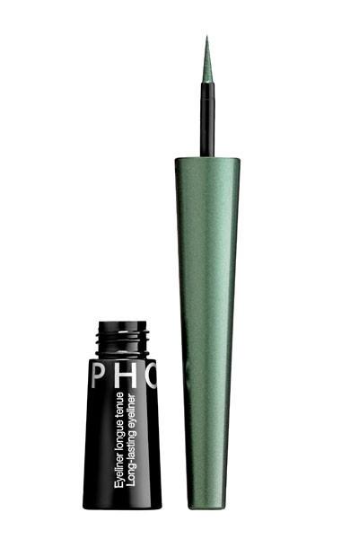 Mode d'emploi du smoky eye vert : un eye-liner vert Sephora