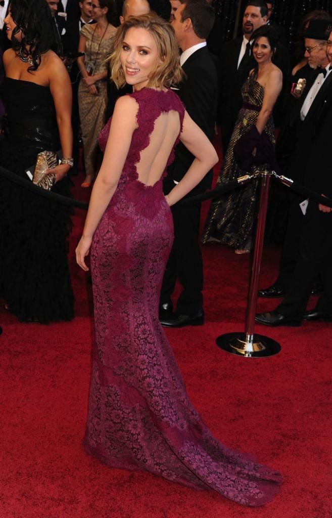 Le vrai poids de Scarlett Johansson : 52 kg pour 1,60 m !
