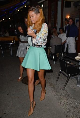 Rihanna : 65 kg pour 1,73 m !