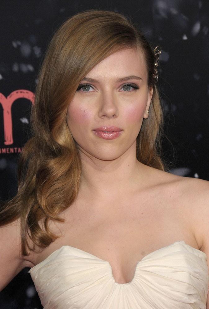 Beauté de star : le maquillage nude de Scarlett Johansson