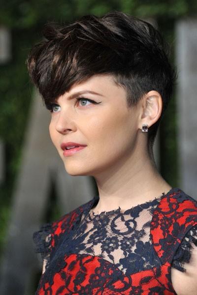 Oscars 2011 : la coiffure cheveux courts de Ginnifer Goodwin