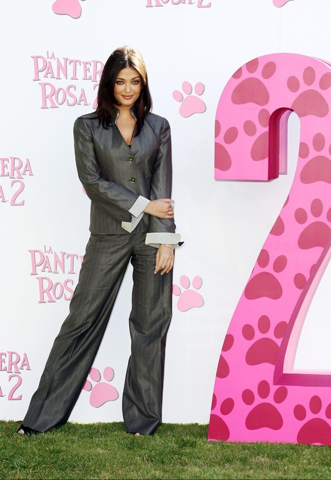 "Aishwarya Rai à l'avant première du film ""La panthère rose"" en 2009 !"