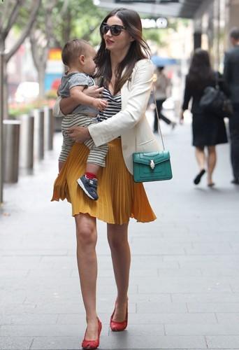 Miranda Kerr a retrouvé sa taille fine moins de deux mois après avoir mis au monde Flynn.