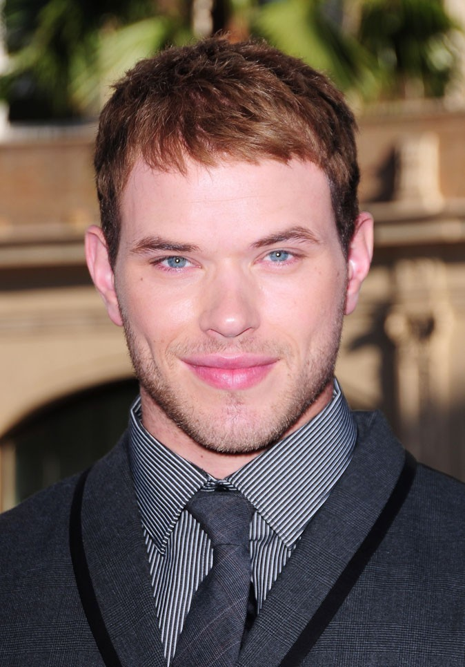 Is Kellan Lutz Dating Selina Gomez