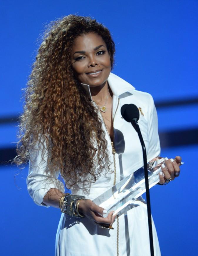 Les frisettes comme Janet Jackson