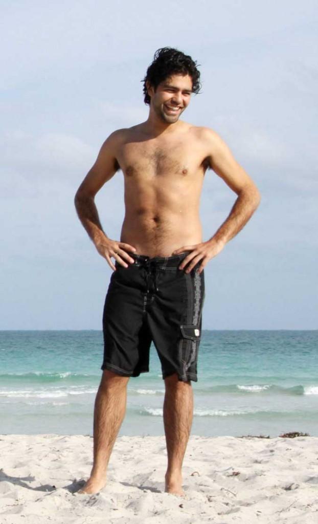 Star sexy poilue : Adrian Grenier