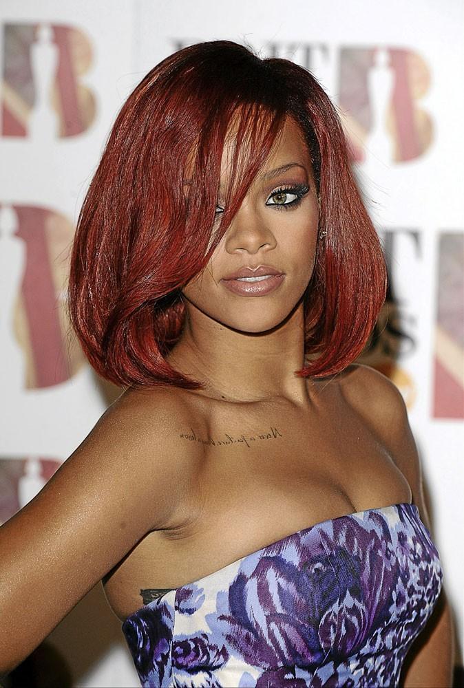 Spécial seins de stars : Rihanna est en accord avec son corps