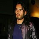 Spécial seins de stars : Russel Brand bénit les seins de Katy Perry
