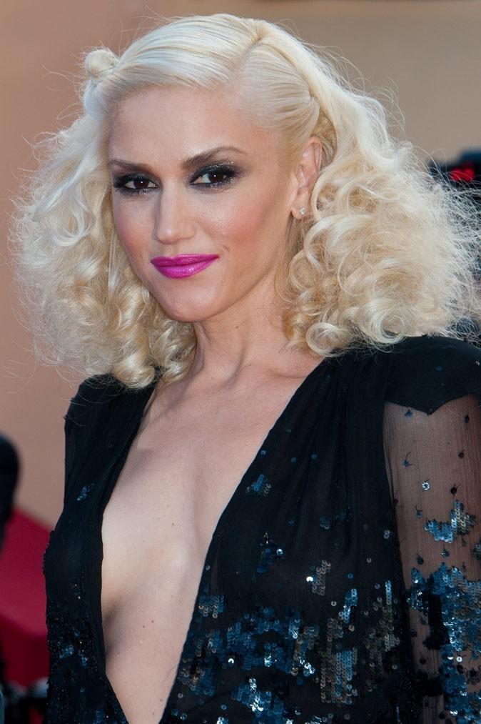 Spécial seins : le décolleté sexy de Gwen Stefani sur une petite poitrine