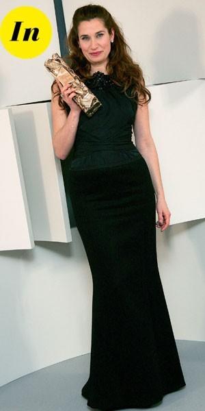 César 2010 : la robe noire d'Emmanuelle Devos