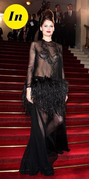 César 2010 : la robe Yves Saint Laurent de Laetitia Casta