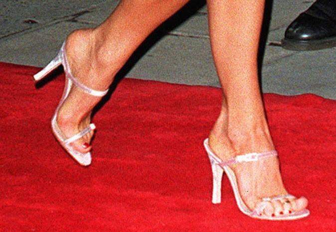 Des sandales argentées !