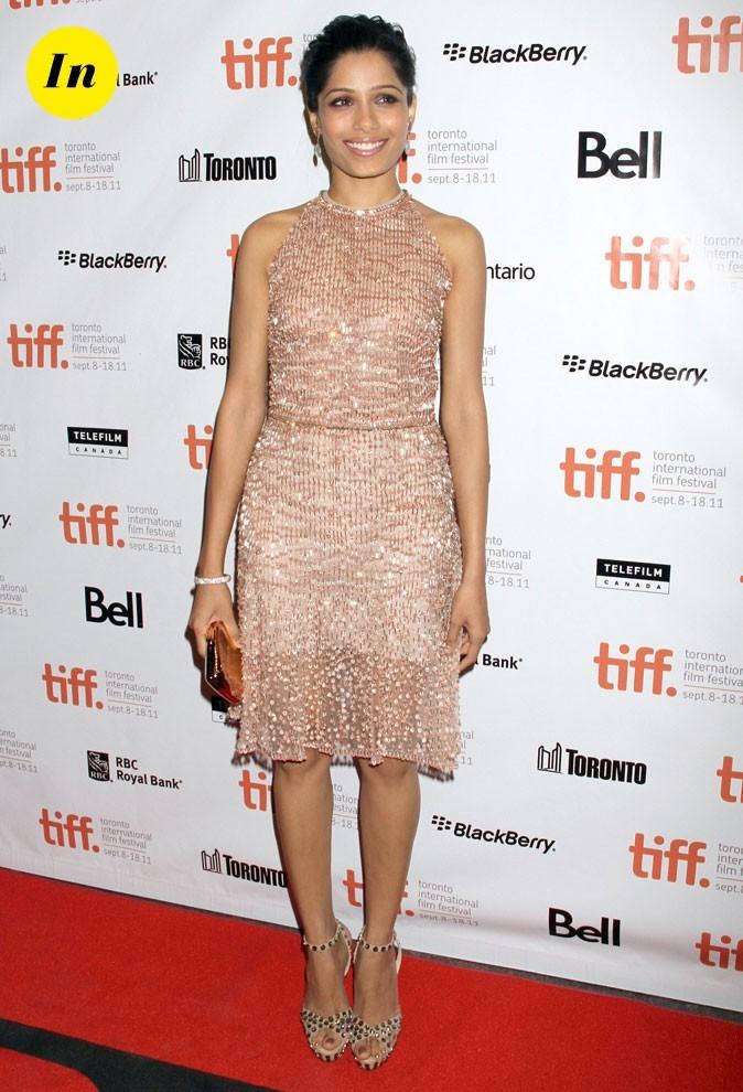 Festival du film de Toronto 2011 : la robe nude étincelante Valentino de Freida Pinto !