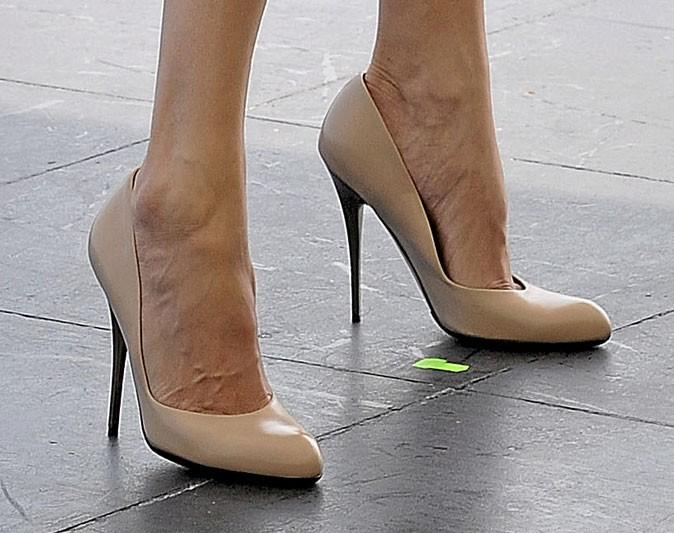 Des chaussures à talons nude