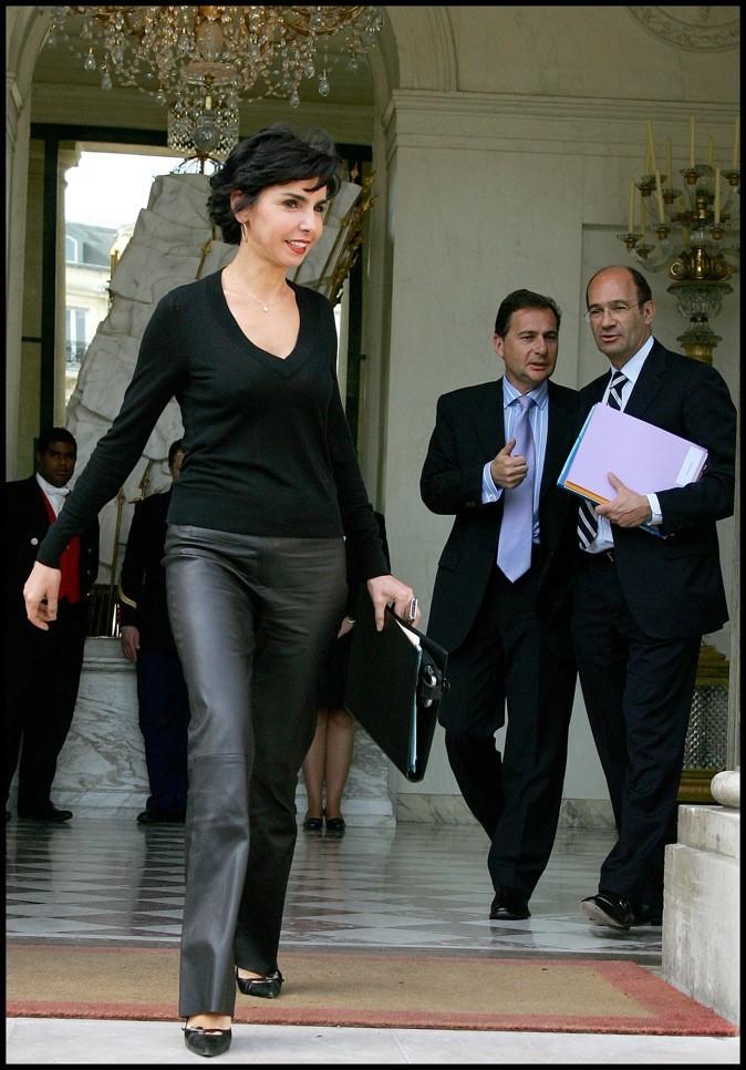 Rachida Dati en pantalon en cuir