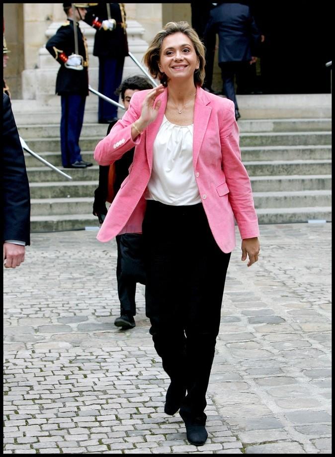Valérie Pécresse en rose et noir