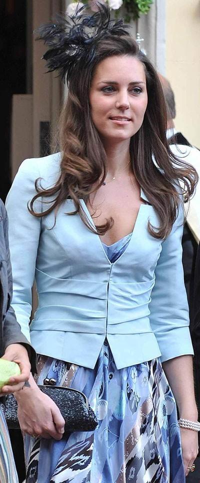 Look de star : le headband fleur de Kate Middleton en juillet 2007
