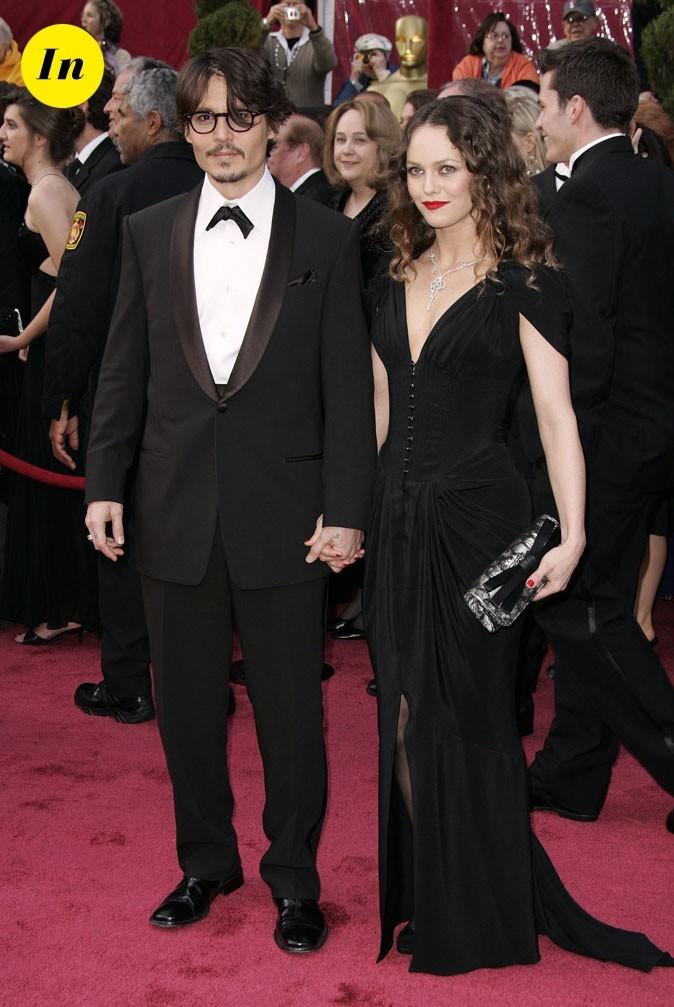 Look de Johnny Depp : smoking noir et noeud pap en 2008
