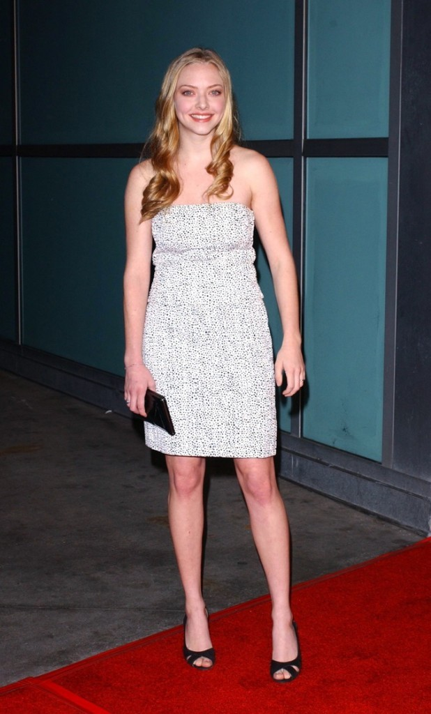 Look de star : la petite robe bustier à pois d'Amanda Seyfried