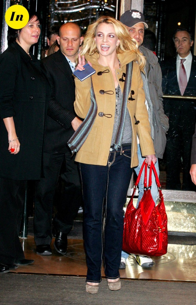 Photo : le manteau camel de Britney Spears
