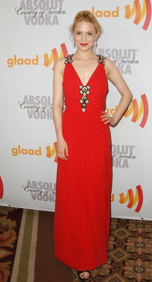 Les stars de Glee en mode glamour : la robe longue rouge de Dianna Agron